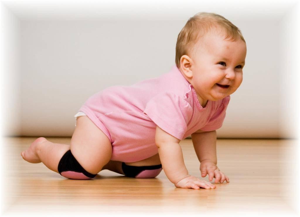 Ребенок в 7 месяцев не сидит