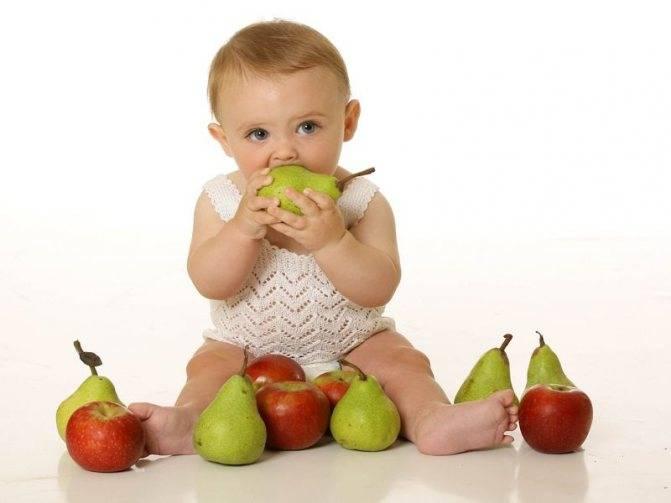 С какого возраста можно давать ребенку грушу: рецепт грушевого пюре для грудничка