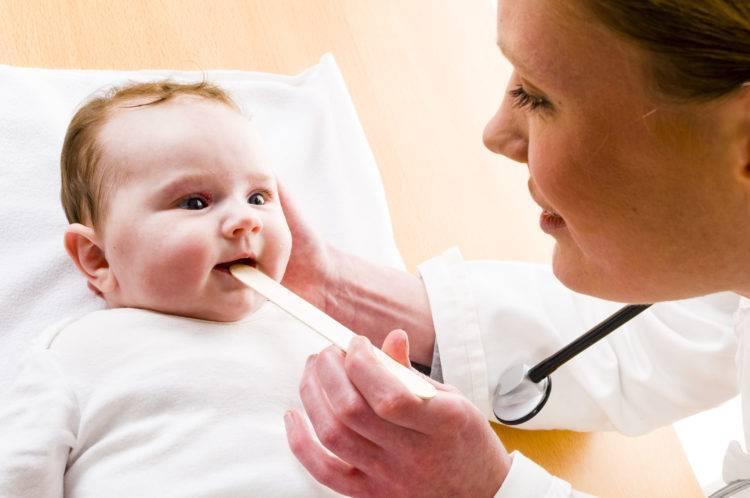 После насморка у ребенка появился кашель: как лечить кашель после насморка