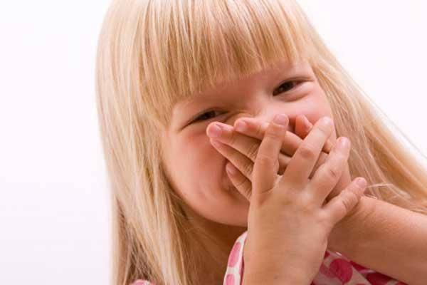 Открыт рот у грудничка. почему ребенок постоянно держит рот открытым: возможные причины. почему у ребенка постоянно приоткрыт рот
