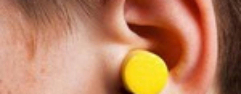 У ребенка сера в ушах черная - wiki доктор