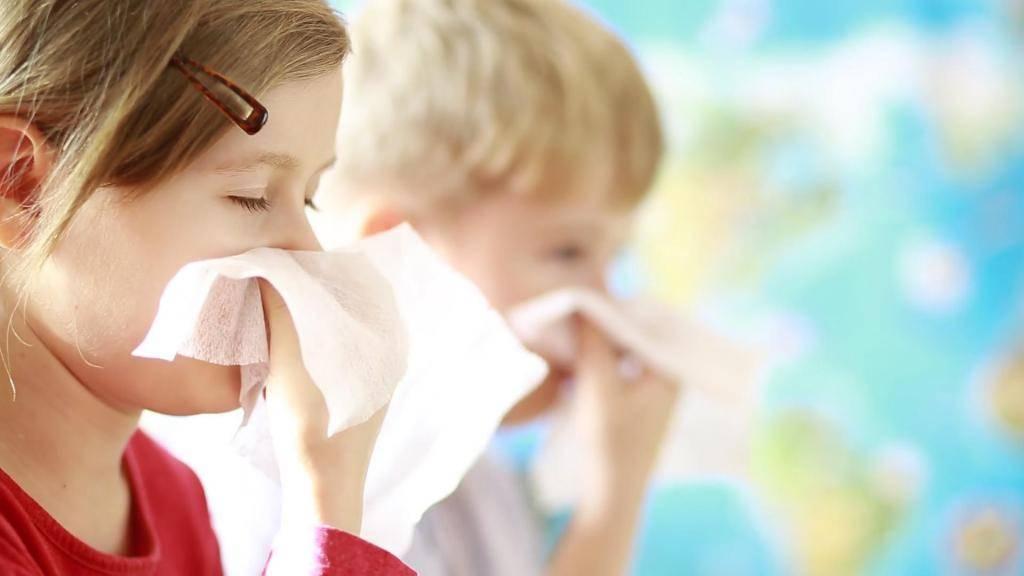 Как быстро вылечить насморк у ребенка в 2-3 года, как долго проходит затяжной ринит?