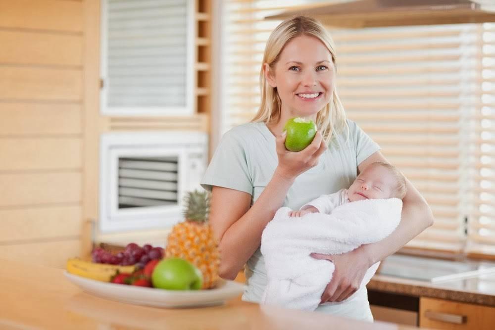Чай с имбирем при грудном вскармливании: можно ли маме пить напиток с лимоном и есть маринованный корень и как еще употреблять, а также влияние на молоко при гв