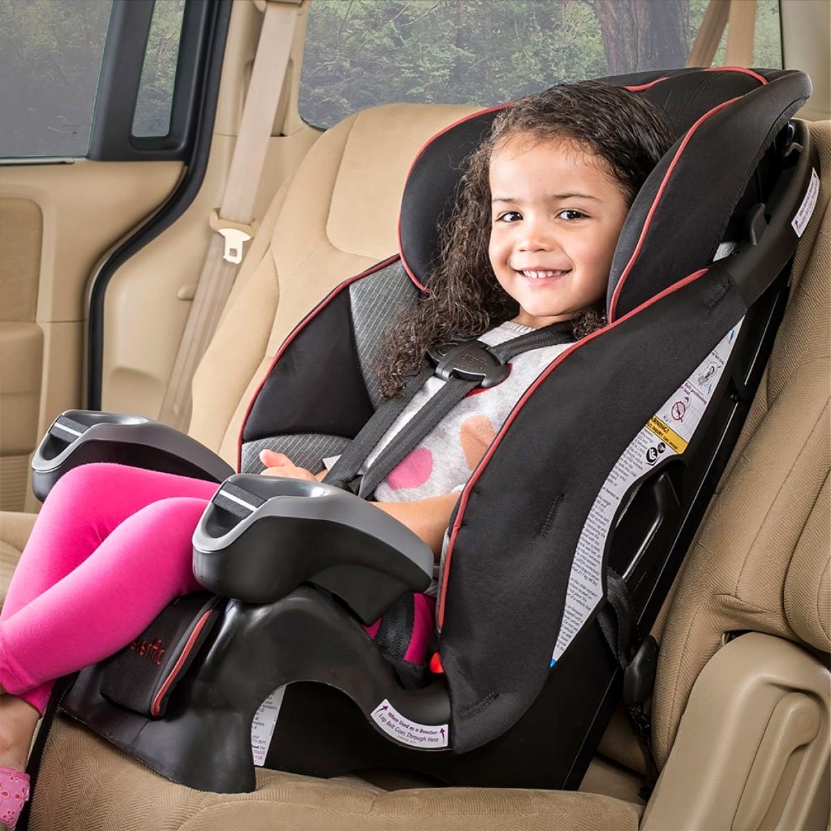 Какой возраст детей возят в автокресле | sodeistvie70.ru