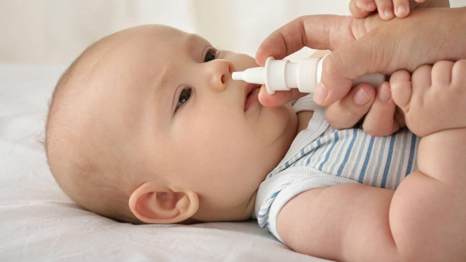 Насморк у новорожденного: как и чем лечить ринит у грудничка
