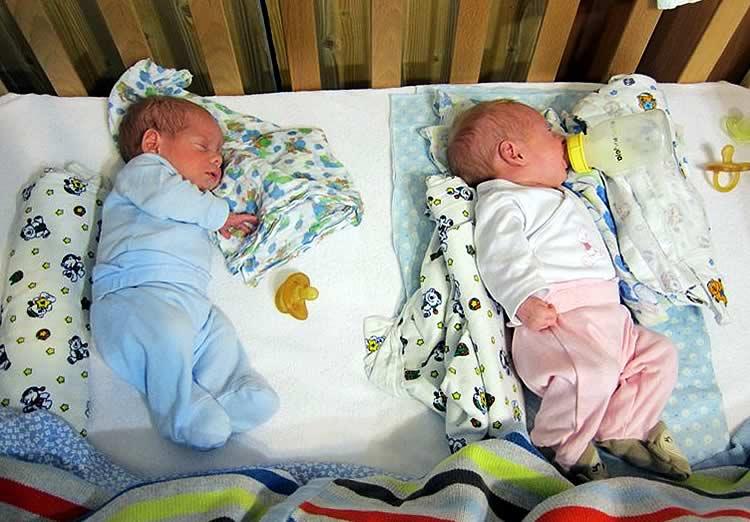 Как правильно и быстро уложить спать новорожденного ребенка