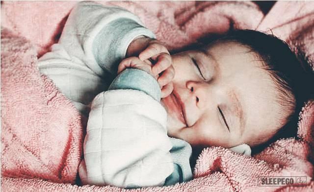Через сколько месяцев малыш не просыпается ночью или когда грудничок начинает спать всю ночь не просыпаясь • твоя семья - информационный семейный портал