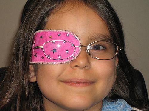 Амблиопия у ребенка 10 лет. амблиопия у детей: как ее лечить? принципы терапии заболевания