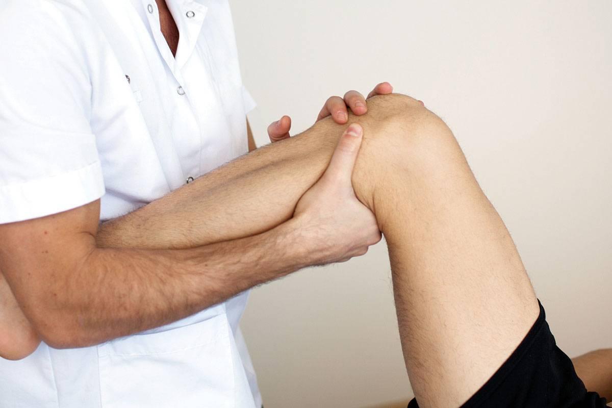 У ребенка болит колено при ходьбе — суставы