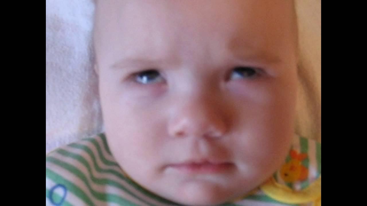 Почему новорождённый закатывает глаза - медицинский справочник medana-st.ru