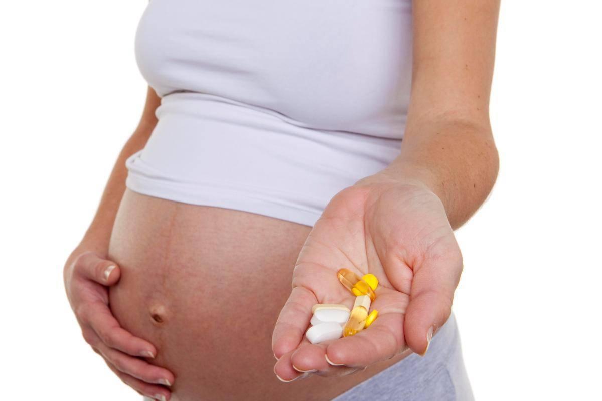 Антибиотики при беременности 1, 2, 3 триместр. какие можно пить, последствия приема, влияние на ранних сроках, как быстро вывести из организма женщины