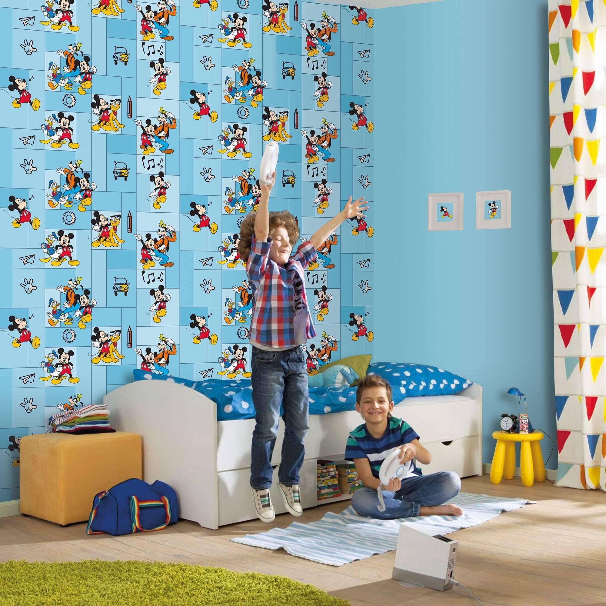 Как правильно подобрать обои в детскую комнату