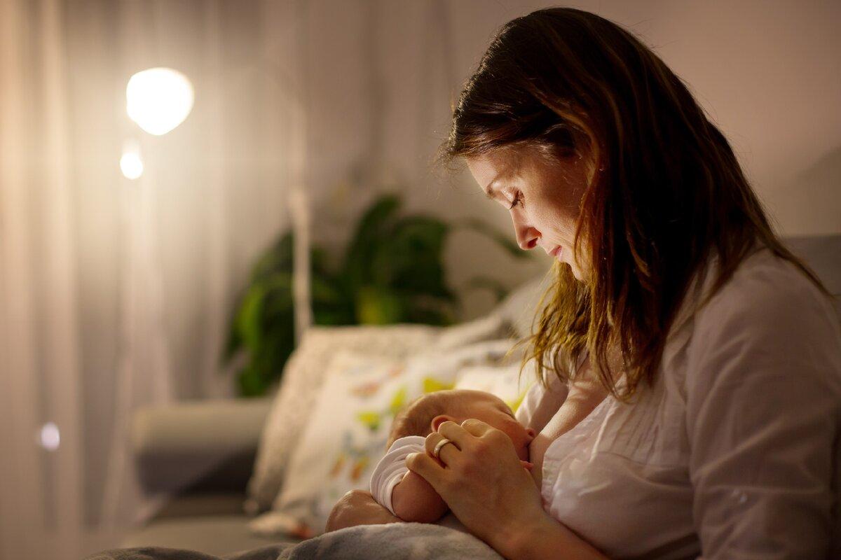 Как отучить ребенка от ночного кормления?