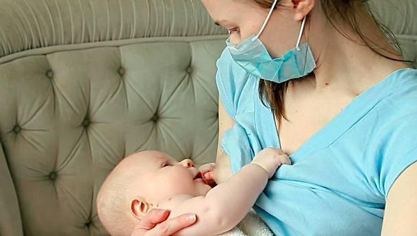 Лечение ангины при грудном вскармливании: какие методы можно применять при гв и стоит ли переводить ребенка на смеси при гнойной форме?