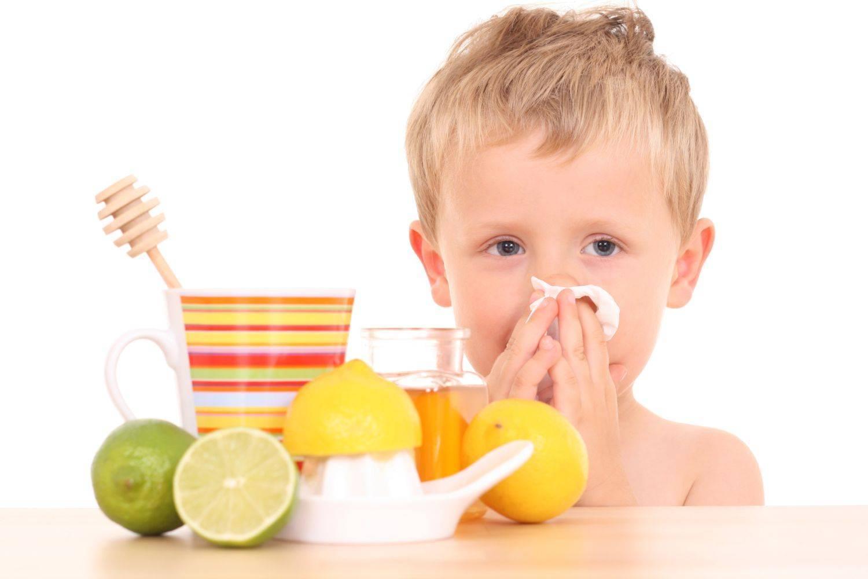 Как и чем быстро вылечить простуду в домашних условиях: что принимать и делать при первых признаках болезни