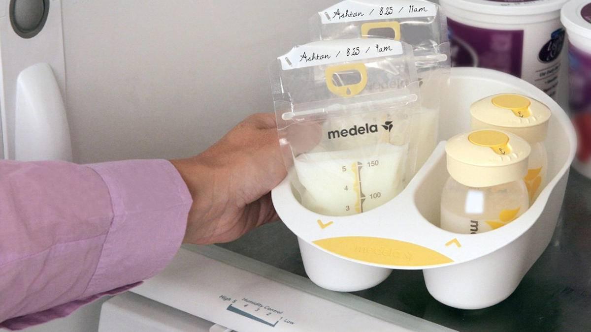 Как размораживать грудное молоко из морозилки в пакете правильно