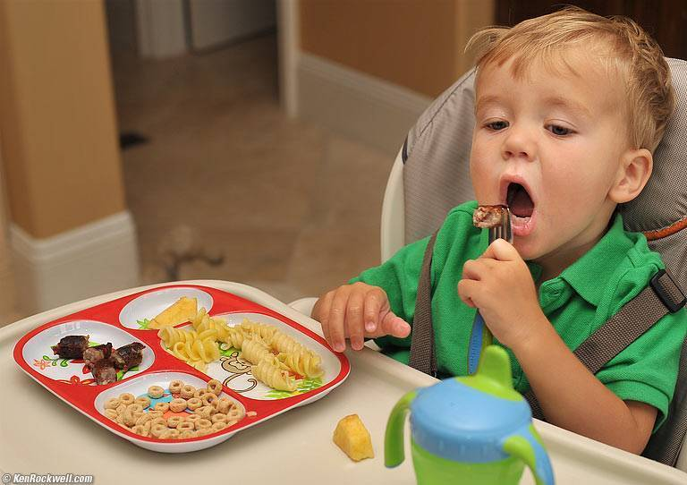 Что делать если ребенок плохо ест. причины плохого аппетита и как можно исправить.