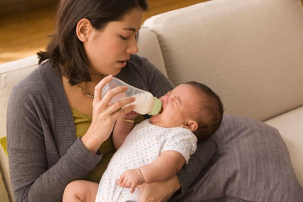 Как отучить ребенка от ночных кормлений грудью и смесью из бутылочки в 1 год, 2 годика, 6 месяцев, когда останавливать грудное вскармливание по ночам?