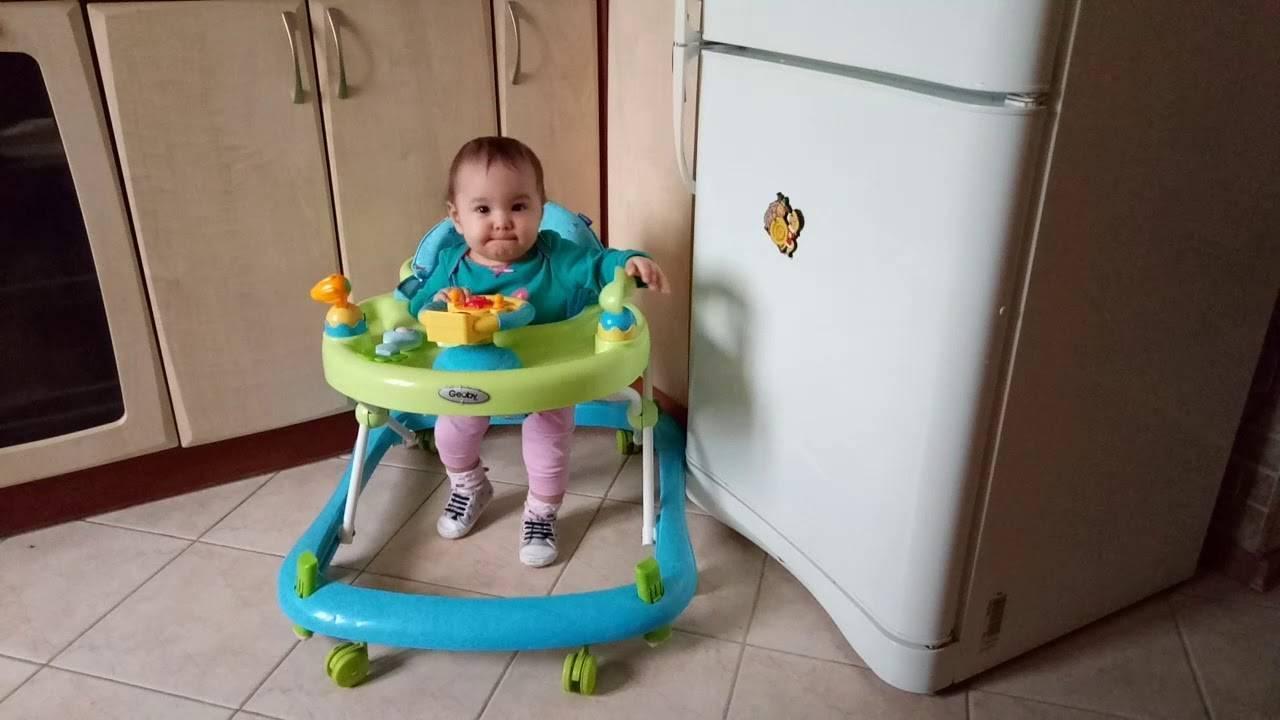 Нужны ли ходунки и прыгунки ребенку?