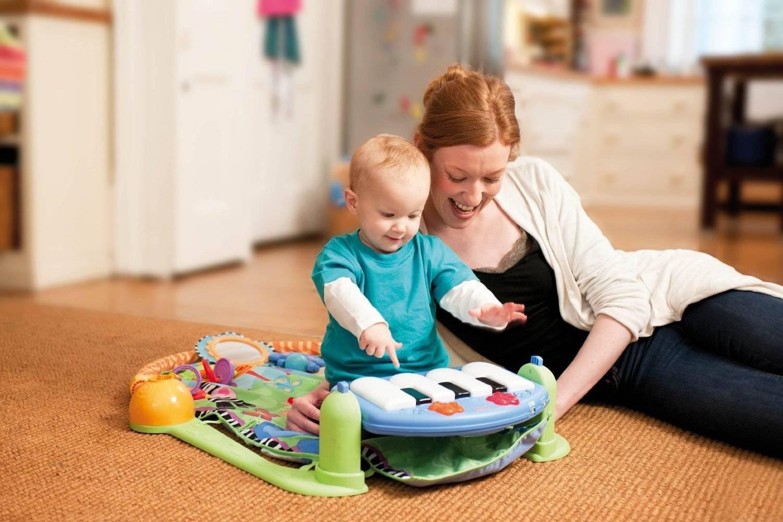 Топ-73 подарка ребёнку на 1 годик: советы по игрушкам