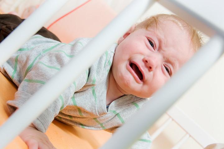 Если новорождённый плохо спит