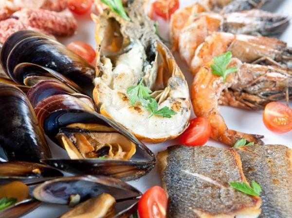 Можно ли креветки при грудном вскармливании, кальмары, мидии - морепродукты