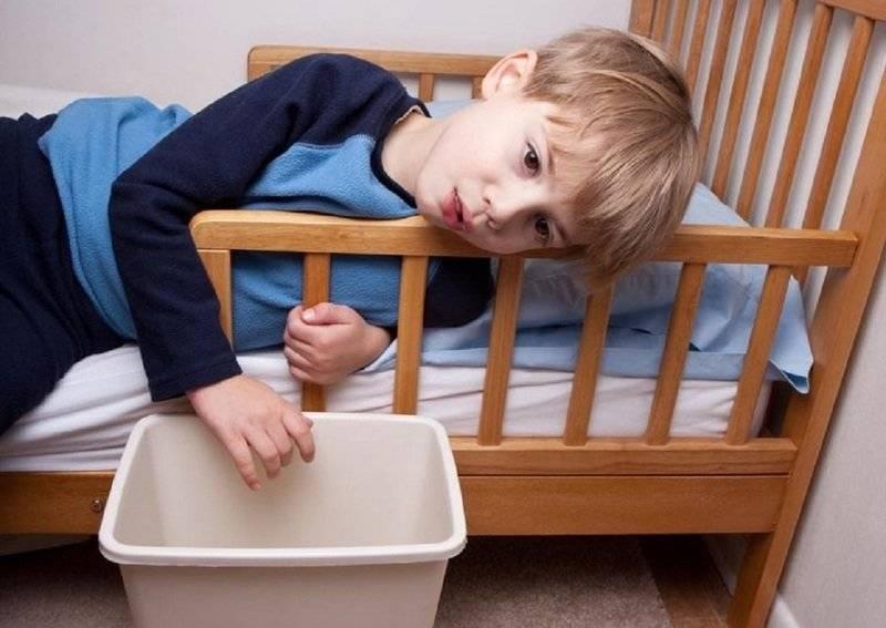Рвота и понос у ребенка без температуры – как выявить причину и помочь малышу?