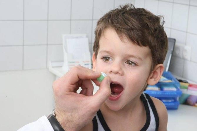 Как дать ребенку лекарство, материнство