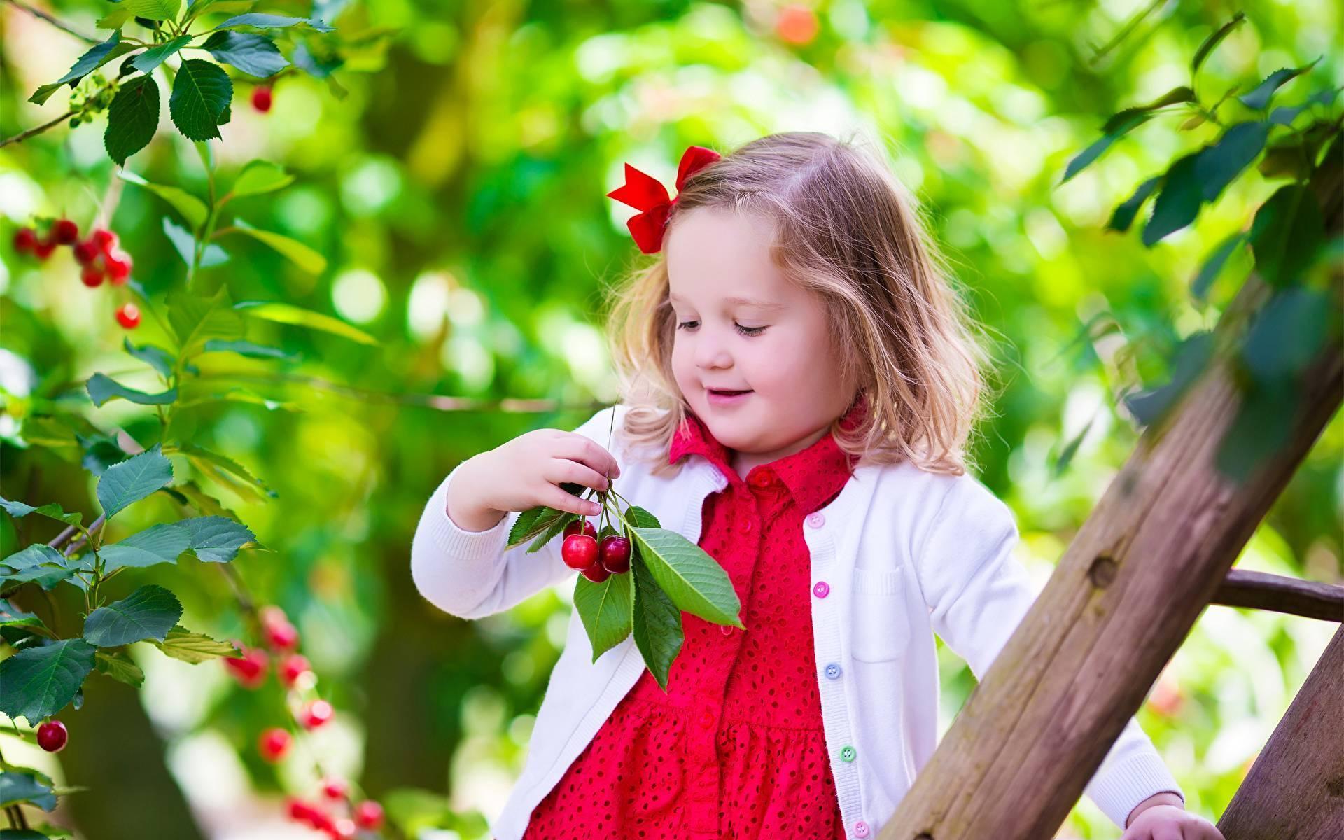 Аллергия на клубнику у ребенка фото с пояснениями
