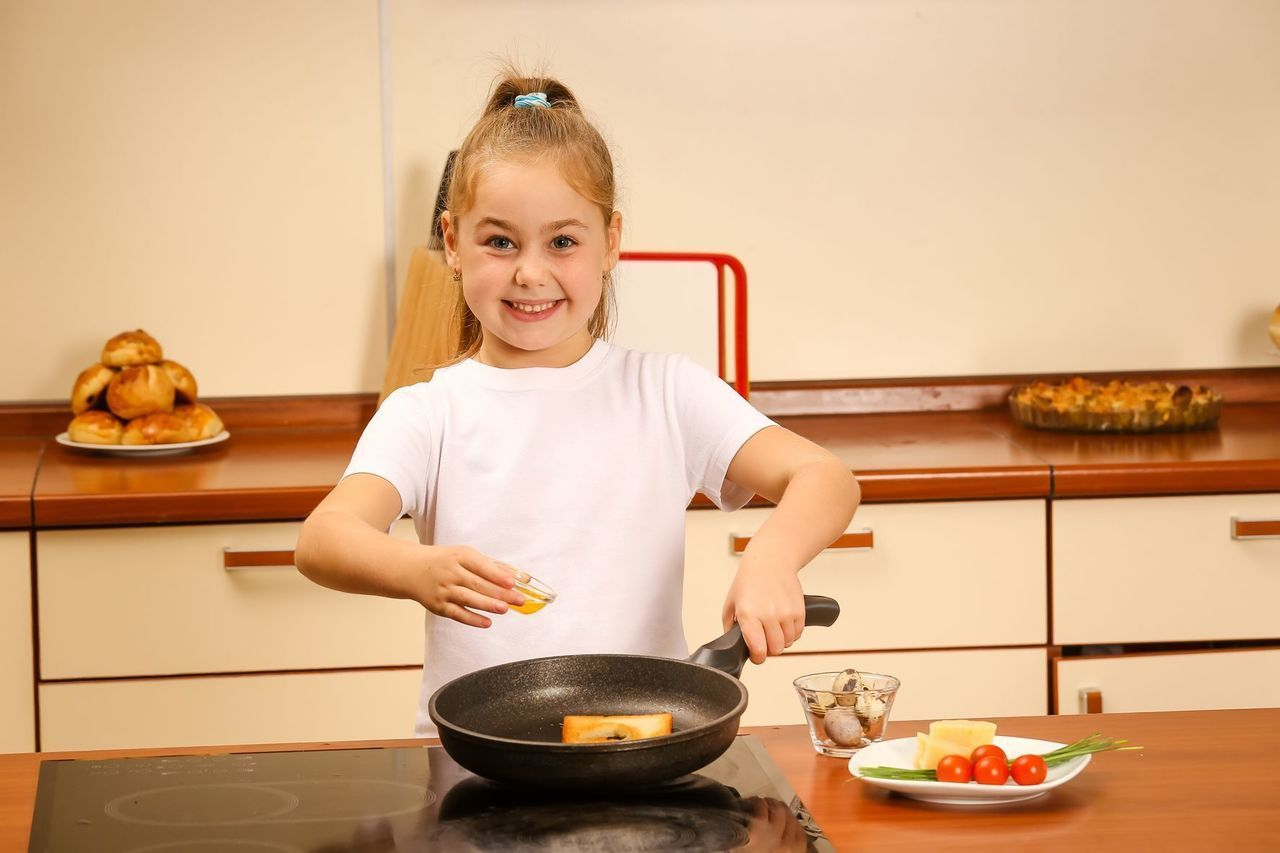 Что может приготовить ребёнок сам в 11-12 лет дома