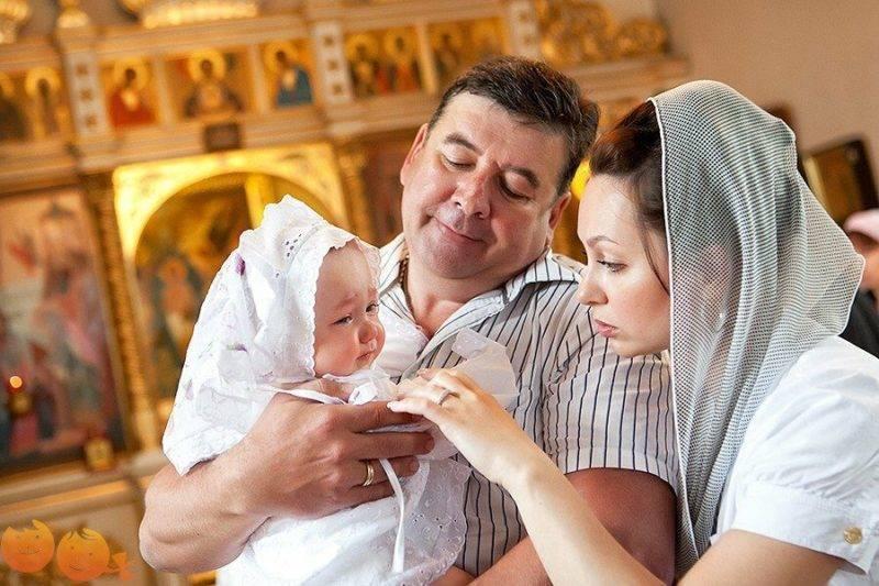 Все, что нужно знать о крестинах мальчика и крестных
