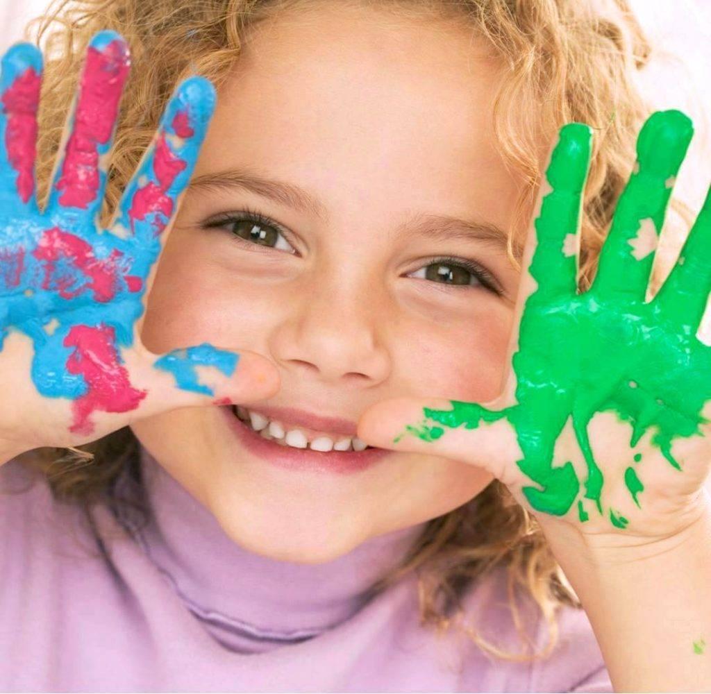 Ребенок рисует черным цветом: что это значит — мнение психолога