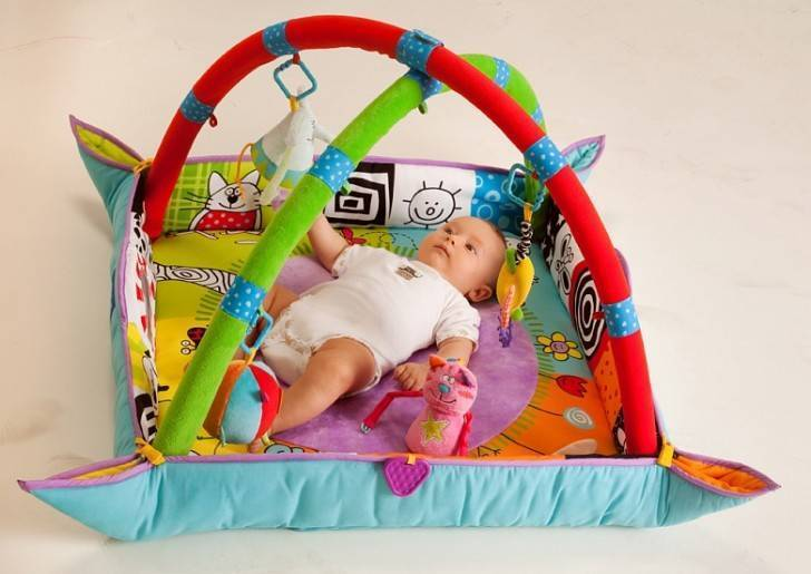 Развивающий коврик для детей своими руками: интересные идеи, особенности и рекомендации