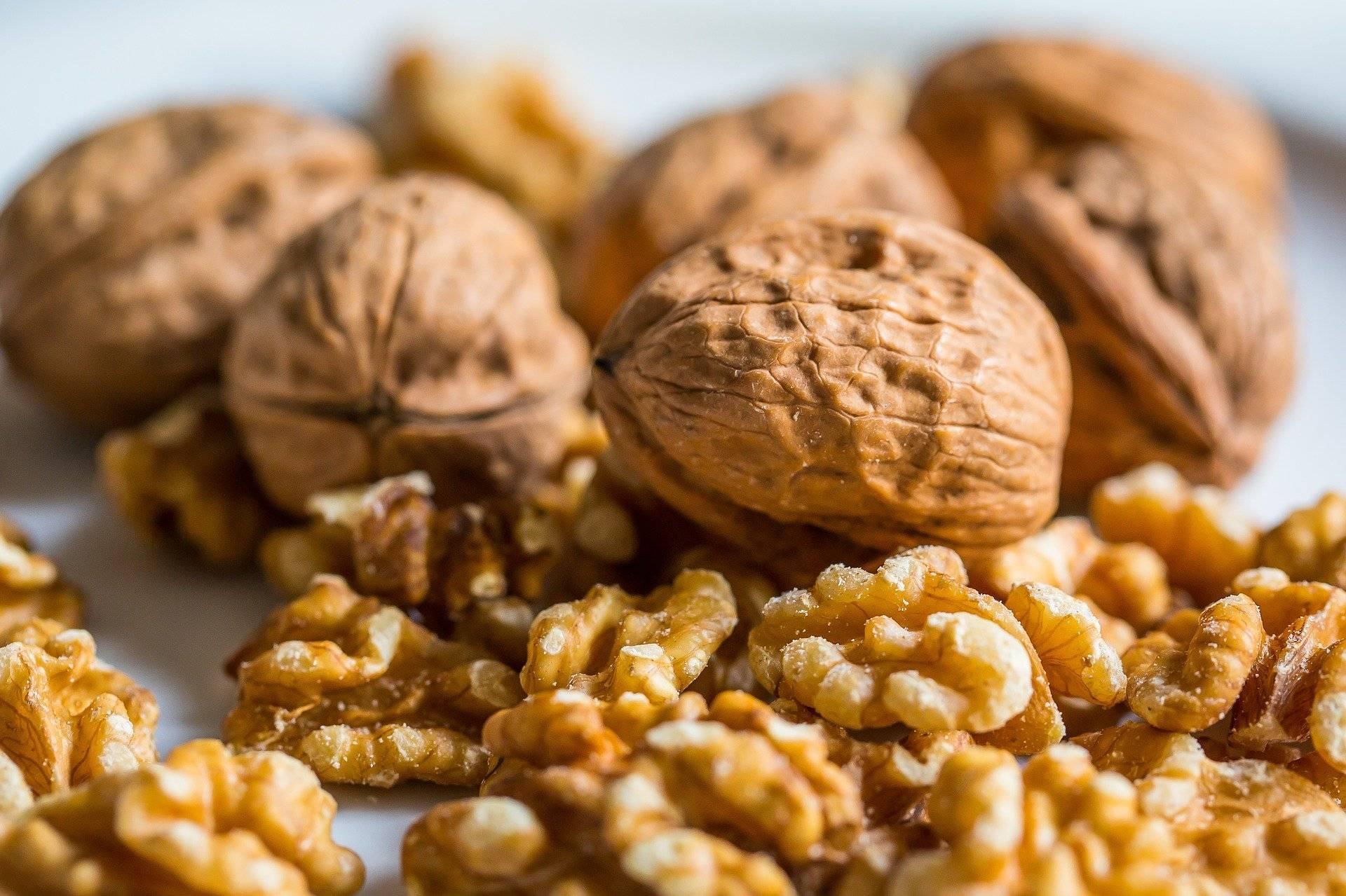 Какие орехи полезны при беременности