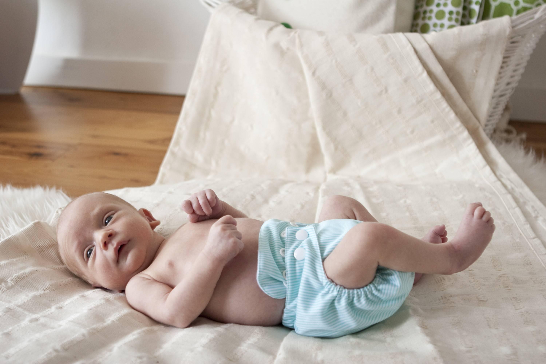 Грудничок не может покакать: как сделать, чтобы новорожденный сходил в туалет по большому