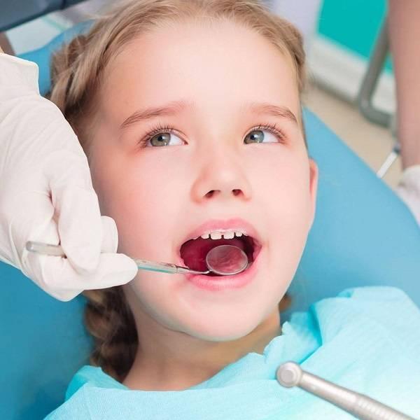 Серебрение молочных зубов, плюсы и минусы процедуры