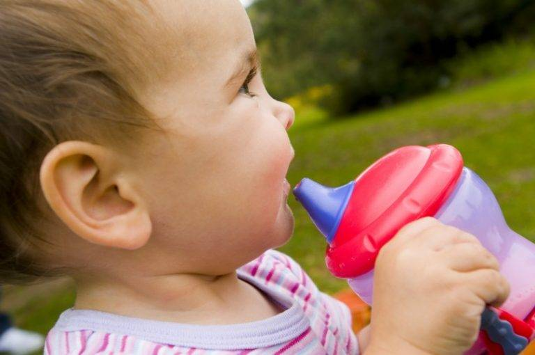 Как ребенка отучить от смеси: 5 способов убрать ночные кормления