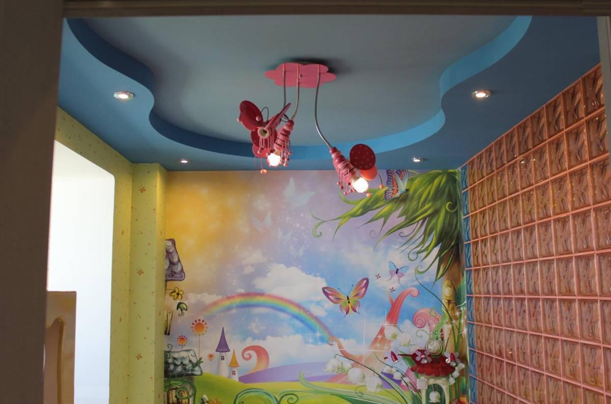 Потолок в детской: варианты оформления, примеры, инструкции