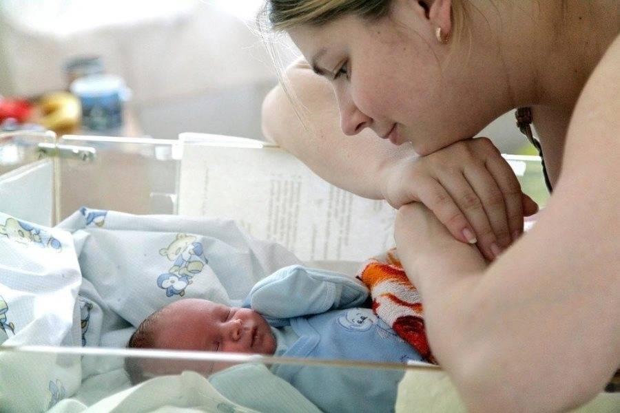 Уход за малышом в первые дни после роддома