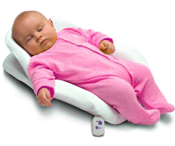 Как и в какой позе должен спать новорожденный ребенок