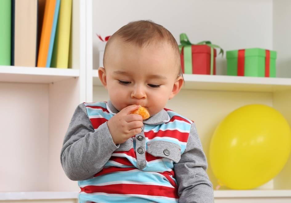 С какого возраста ребенку можно давать хурму?