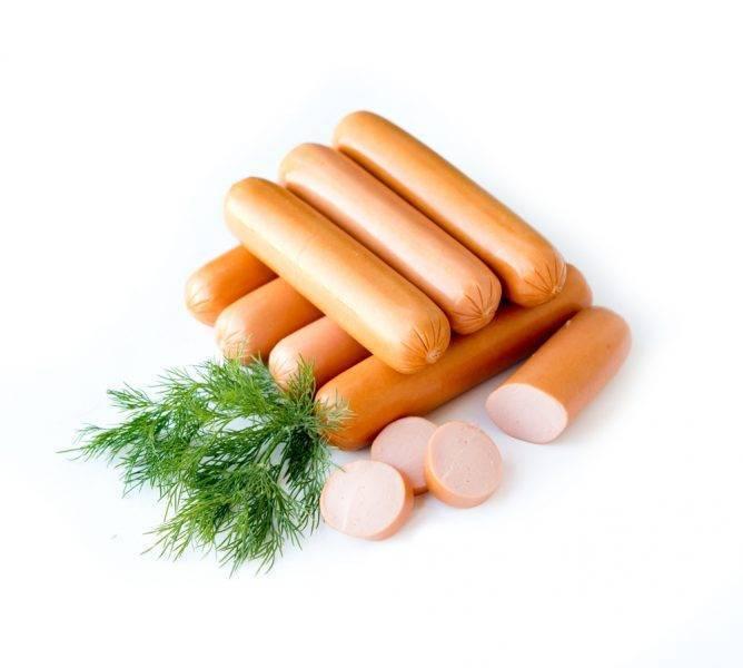 Можно ли сосиски при грудном вскармливании, колбасу и ветчину кормящей маме?