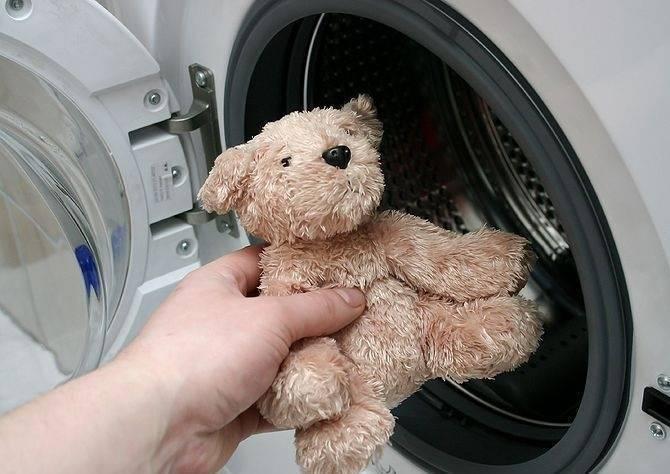 Как стирать мягкие игрушки в стиральной машине, почистить в домашних условиях / vantazer.ru – информационный портал о ремонте, отделке и обустройстве ванных комнат