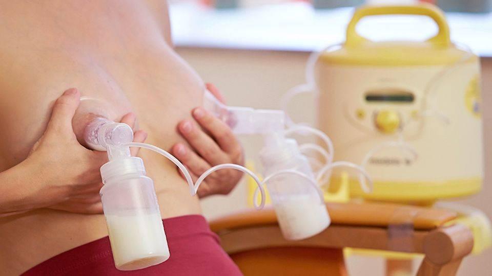 Как правильно пользоваться молокоотсосом: 5 главных правил, виды молокоотсосов, советы врача