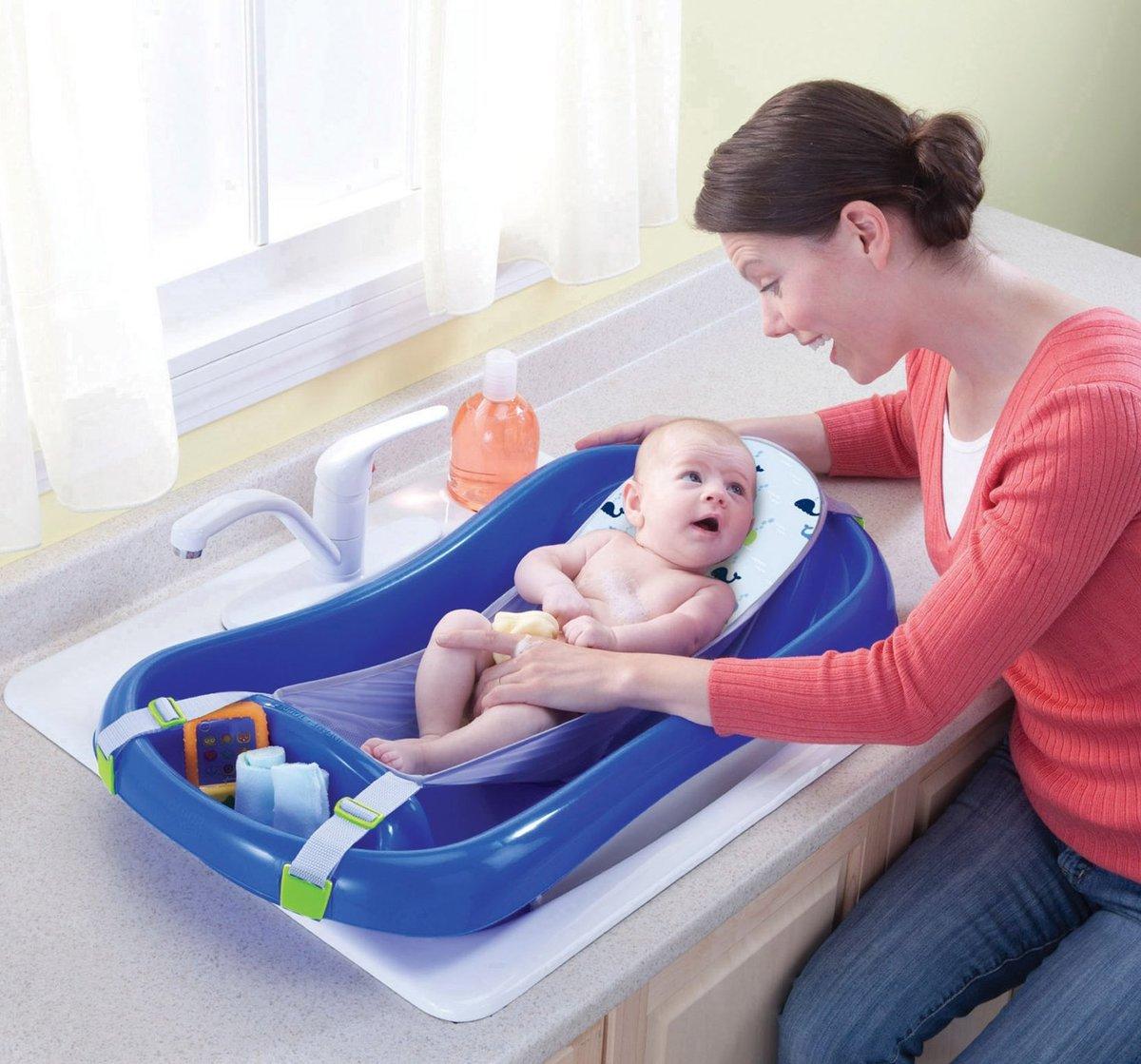 Выбираем ванночку для новорожденных: рейтинг лучших моделей и советы перед покупкой