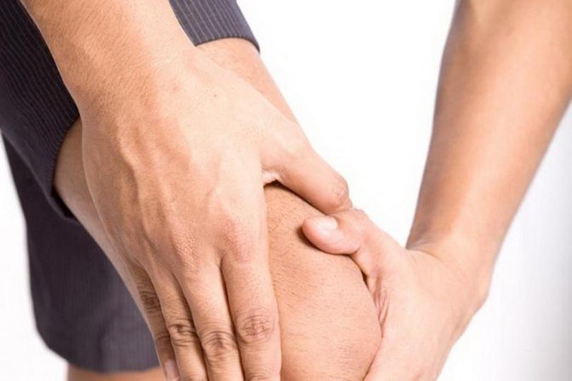 Если болят колени при приседании: причины и что делать | все о суставах и связках