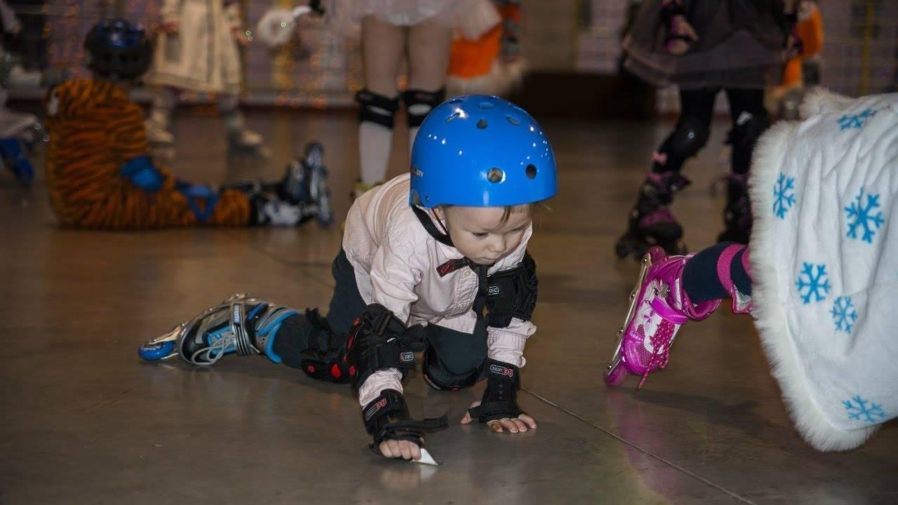 Все на роллердром или как научить ребенка кататься на роликах правильно, быстро и безопасно