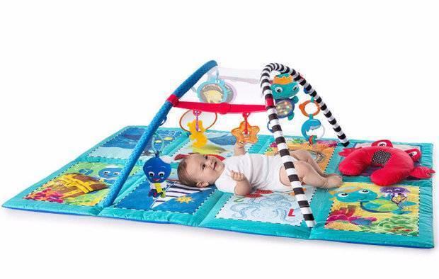 Развивающий коврик для детей от года: с какого возраста, своими руками, какой лучше, фото, музыкальный, пазл, нужен ли