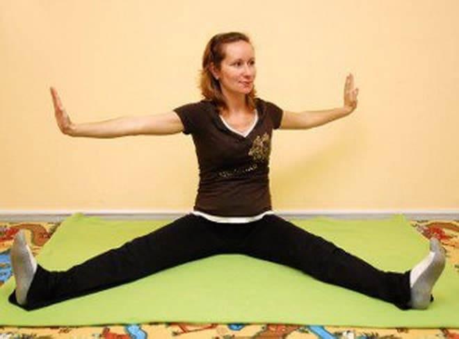 Йога для беременных: комплекс упражнений, правила и особенности