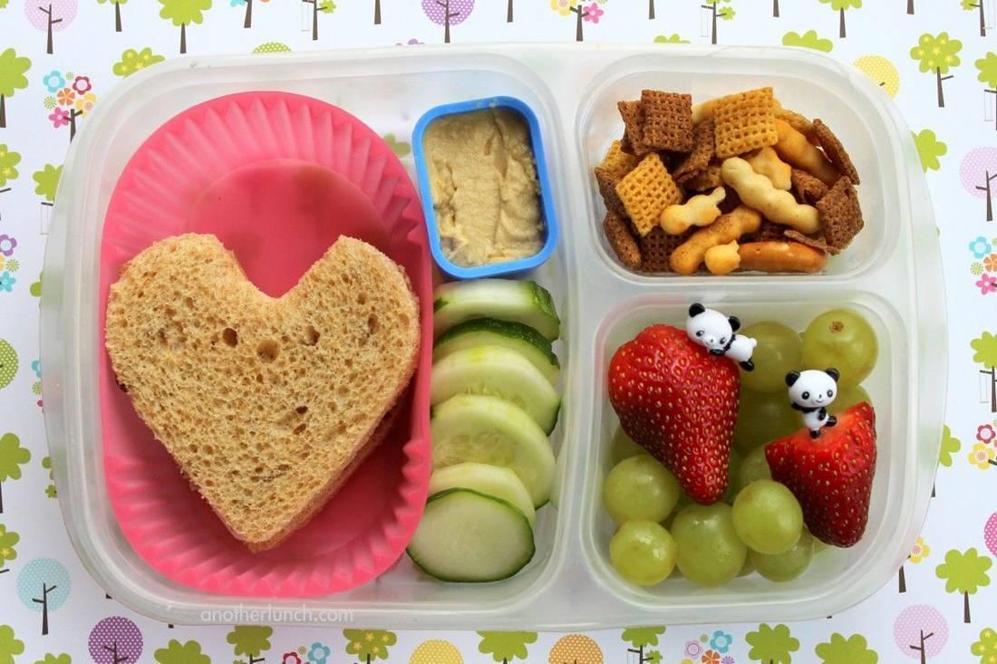 Правильный рацион питания школьника - что нужно знать родителям?